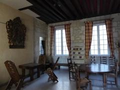 Immeuble - Français:   Rue Lhomond 28-30 séminaire du Saint-Esprit pièce intérieure