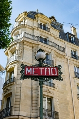 Métropolitain, station Saint-Michel -  58861-Paris