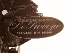 Café Le Procope - English: Cafe Le Procope in Latin quarter