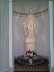Collège Stanislas - English: Stanislas, Paris, Statue of Holy Mary