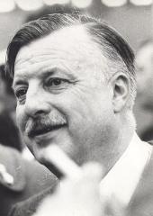 Collège Stanislas - Docteur Georges Sauvé, chirurgien et écrivain mayennais