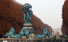 Fontaine de Carpeaux -  Fontaine des Quatre-Parties-du-Monde.