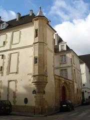 Hôtel de Foretz ou Bullion -  21 Rue Hautefeuille; Paris- Hôtel particulier from the 14-16 centuries