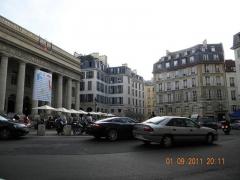 Place de l'Odéon : le sol - English: Theatre Odeon de l'Europe in Place de l'Odeon, Paris