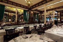 Ancien bouillon Chartier, actuellement restaurant Le Vagenende - English: Interior of the Brasserie Vagenende, 142 Boulevard Saint-Germain, 75006 Paris, France.