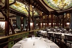 Ancien bouillon Chartier, actuellement restaurant Le Vagenende - English: Brasserie Vagenende, 142 Boulevard Saint-Germain, 75006 Paris, France.
