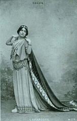 Théâtre de l'Odéon - Cora Laparcerie au théâtre de l'Odéon en 1896