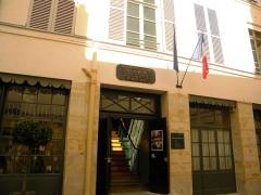 Immeuble et musée Delacroix - English: Museum Delacroix, Place de Furstemberg, Paris