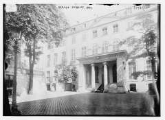 Hôtel de Beauharnais, actuellement résidence de l'ambassadeur d'Allemagne - English: Title: German Embassy, Paris Abstract/medium: 1 negative: glass; 5 x 7 in. or smaller.