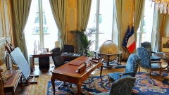 Anciens hôtels de Brienne et de Broglie, actuellement ministère de la défense - bureau du ministre de la défense, Hötel de Brienne, Paris