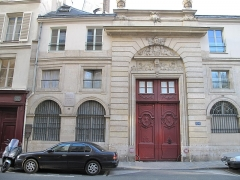 Hôtel - English: Building of 120 rue du Bac, Paris 7th arrond. where lived and died Chateaubriand.