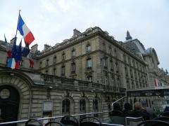 Immeuble de la Caisse des Dépôts et Consignations -  Caisse des Dépôts et Consignations, Quai Anatole-France, Paris, France.