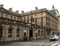 Immeuble de la Caisse des Dépôts et Consignations - English: Caisse des depots, Paris France