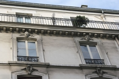Maison - Deutsch: Haus 6, rue des Saints-Pères in Paris (7. Arrondissement)