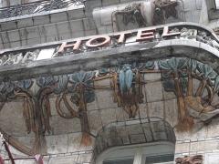 Céramic Hôtel - English: Balcony of the Ceramic hotel, 34 avenue de Wagram, Paris 8th arr.