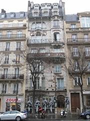 Céramic Hôtel - English: Facade of the Ceramic hotel, 34 avenue de Wagram, Paris 8th arr.
