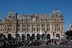 Gare Saint-Lazare -  Gare de Paris-Saint-Lazare.