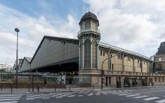 Gare Saint-Lazare - English: A west view of Gare de Paris-Saint-Lazare, one of the major train stations of Paris.