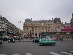 Gare Saint-Lazare - Română: gare Saint Lazare
