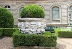 Musée Jacquemart-André - Español: París, Musée Jacquemart André. Patio, brocal de pozo veneciano.