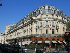 Grand Hôtel - English: The Grand Hôtel seen from the corner of the boulevard des Capucines and the rue Scribe: Paris 9th arr.