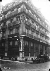 Immeubles aux abords de l'Opéra (voir aussi : 25, 27, 29, 31 bd Haussmann, Immeuble de la Société Générale) - French photo agency