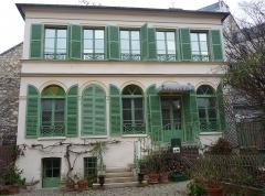 Hôtel Renan-Scheffer, actuellement musée de la vie romantique - English: Vie romantique Museum in Paris