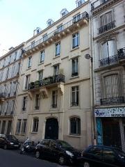 Immeuble -  Immeuble du 15 rue de Douai à Paris construit par Eugène Viollet-le-Duc