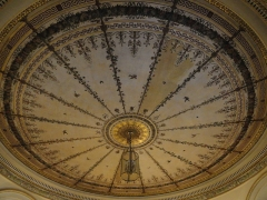 Mairie annexe du neuvième arrondissement - English: Town hall of the 9e arrondissement de Paris. Decoration of the ceiling of the antechamber.(dated around 1830)