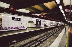 Métropolitain, station Opéra -  Opéra Metro station, Paris.