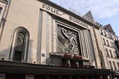 Théâtre des Folies-Bergère - English: Facade of french cabaret