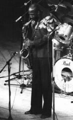 Théâtre Mogador - English: saxophonist Wilton Felder in Paris, France