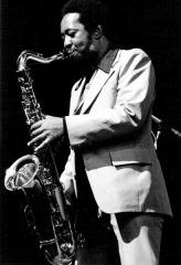 Théâtre de l'Olympia - English: American tenor saxophone player Frederick Kemp in Paris, France
