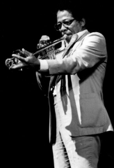 Théâtre de l'Olympia - English: American trumpet player Herb Hardesty in Paris, France