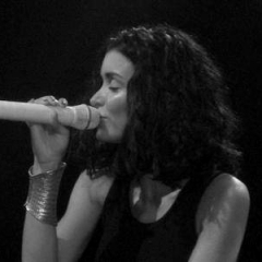 Théâtre de l'Olympia -  Jenifer Bartoli sur scène, lors d'un Concert à l'Olympia (Paris), en 2005.