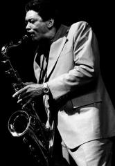 Théâtre de l'Olympia - English: American tenor saxophone player Lee Allen in Paris, France