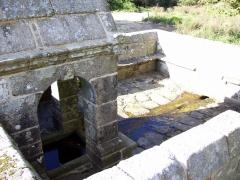 Fontaine Saint-Maur - Brezhoneg: Kalanhel. Sant-Maor. Feunteun. 2