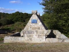 Fontaine Saint-Maur - Brezhoneg: Kalanhel. Sant-Maor. Feunteun. 3