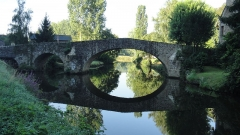 Vieux pont - English: From Dinan - Le canal d'Ille-et-Rance
