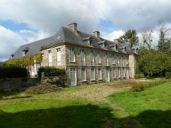Château de Kéranno - English: Château de Kéranno à Grâces, vue jardin, 17ème et 18ème siècle