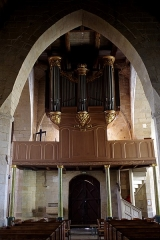 Eglise Saint-Jean - Français:   Orgue de tribune de 1777, 1856 et 1864 en chêne. Réalisé par trois facteurs d\'orgues: Le Logeais, Le Texier et  Texier Guillaume.  La tribune-buffet a été classée au titre objet le 23 octobre 1908 et la partie instrumentale au titre objet le 14 avril 1987.