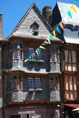 Maison du 16e siècle, dite Maison du Chapelier - Français:   Maison du Chapelier