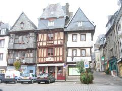 Maison du 16e siècle, dite Maison du Chapelier - English: Centre ville - Lannion