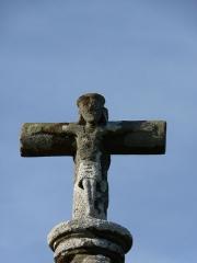 Croix du 17e siècle - Français:   Croix du 17ème siècle sur la route de Lannion à Guingamp (aujourd\'hui une quatre-voies).