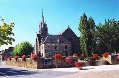 Eglise Saint-Pierre - Brezhoneg: Pederneg. Iliz. Skalieroù. Reter