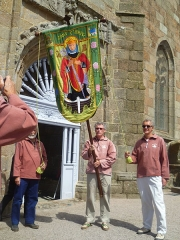 Chapelle de Notre-Dame de la Clarté - Français:   Bannière lors du pardon Notre Dame de la Clarté - Perros-Guirec