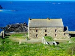 Fort de l'île aux Moines, dans l'archipel des Sept-Iles - Caserne
