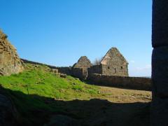 Fort de l'île aux Moines, dans l'archipel des Sept-Iles - Français:   Baraque