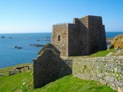 Fort de l'île aux Moines, dans l'archipel des Sept-Iles - Français:   Fort (Île aux moines)