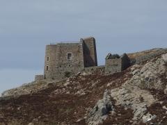 Fort de l'île aux Moines, dans l'archipel des Sept-Iles - Français:   Batterie arrière de u Fort de l\'île aux Moines